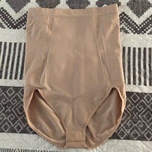 Spanx on-core high waisted brief